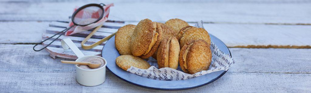 This quick and easy Peanut Butter Cookies recipe makes for 24 delicious cookies filled with peanut butter that everyonef p