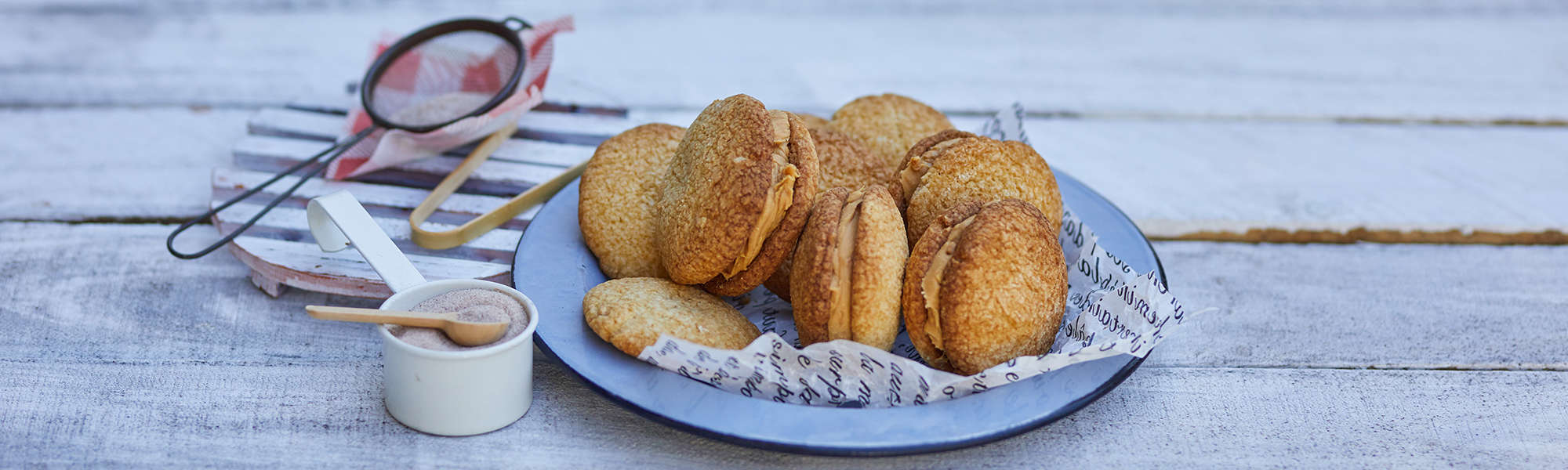 Easy Peanut Butter Cookies Recipe by Lakanto
