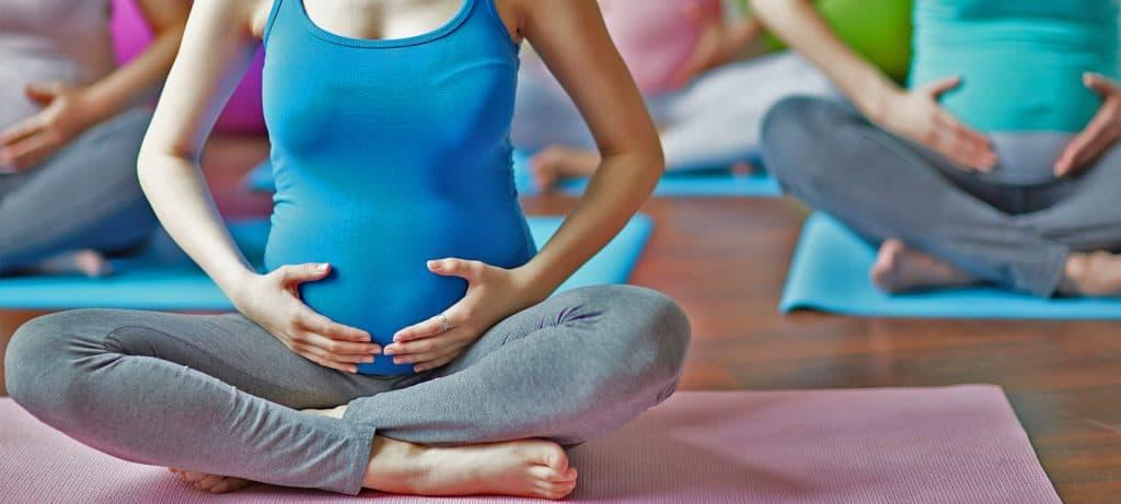 Women exercising during pregnancy